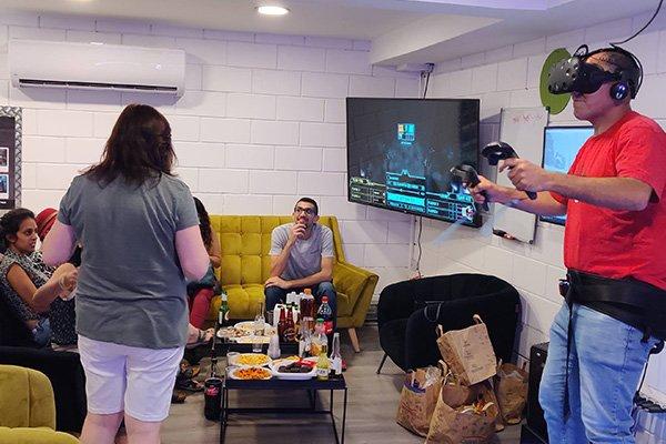VR פעילות מגבשת